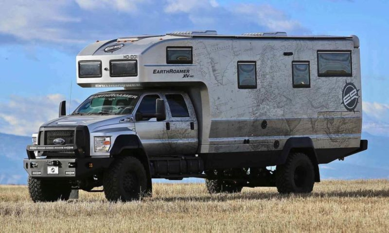 Earthroamer XV-HD Ford F-750 front