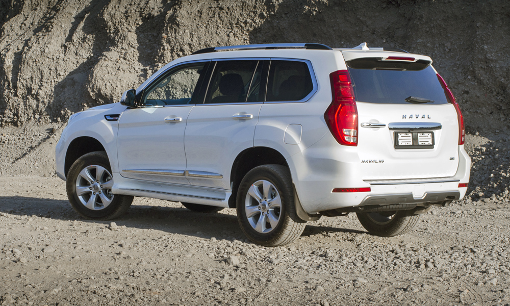 It uses a 2,0-litre turbopetrol mated to a ZF-sourced auto transmission.