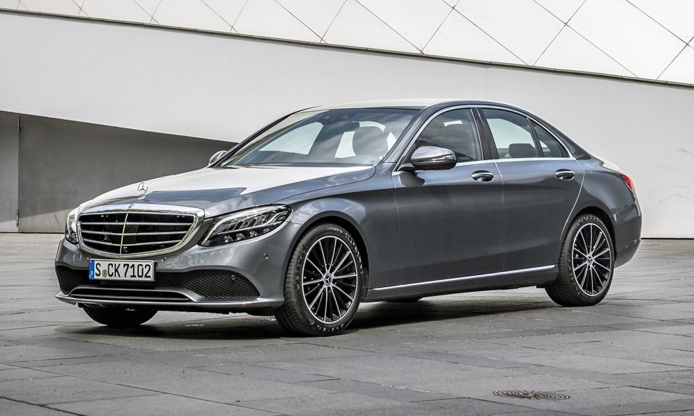 We drive the facelifted Mercedes-Benz C200 in Johannesburg.
