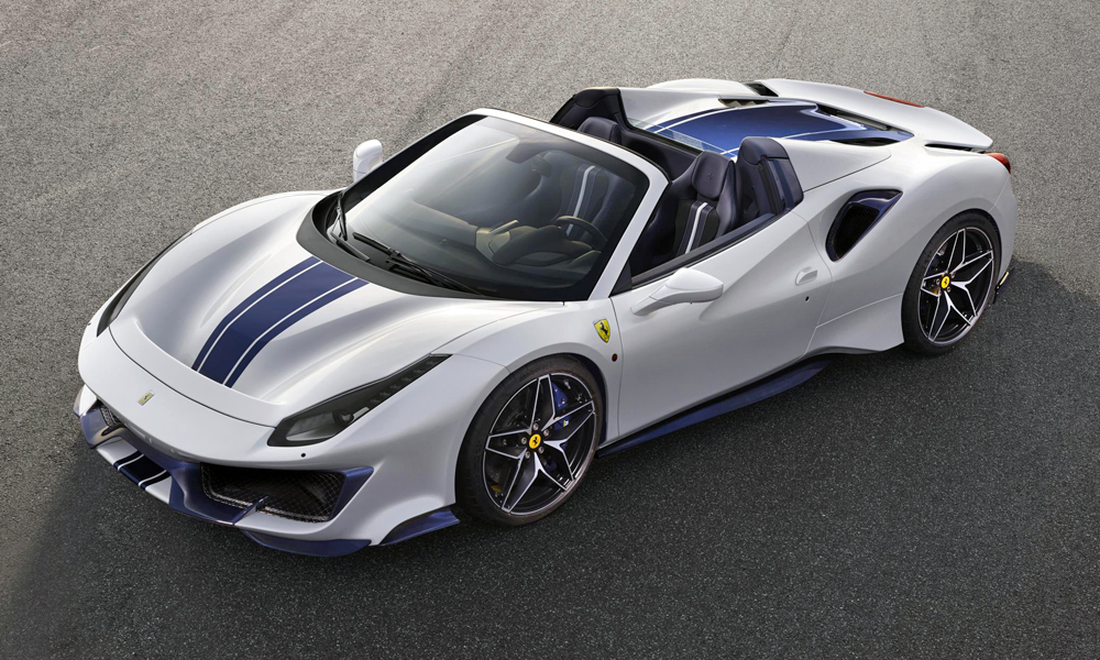 The new Ferrari 488 Pista Spider has been revealed.
