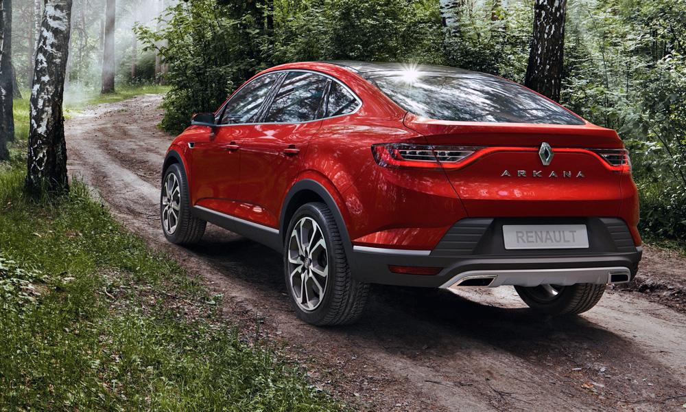 As with the latest Mégane, the new Arkana boasts full-width tail-lamps.