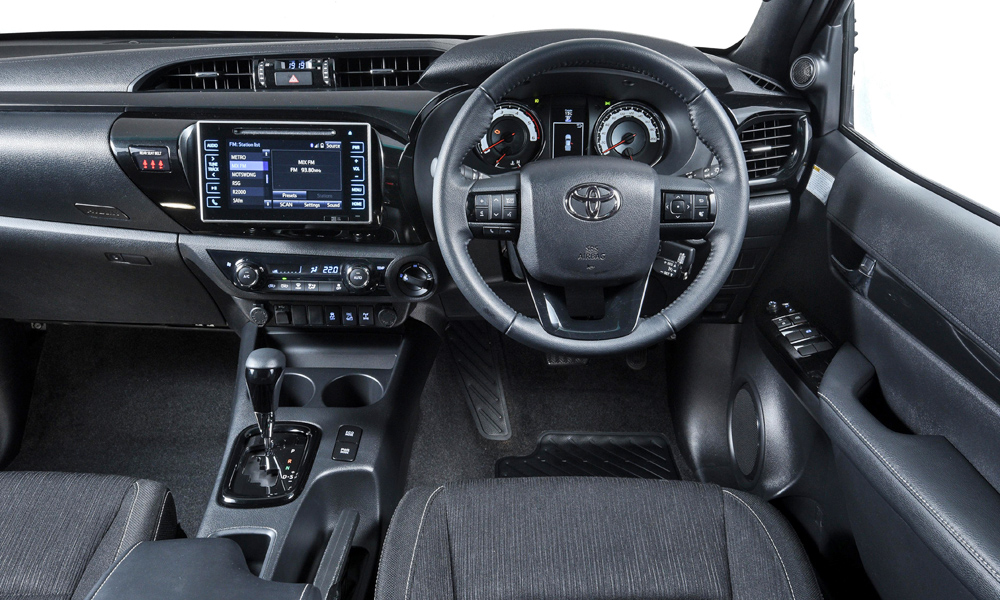 Raider models also gain the latest black interior (carried over from the Dakar models).