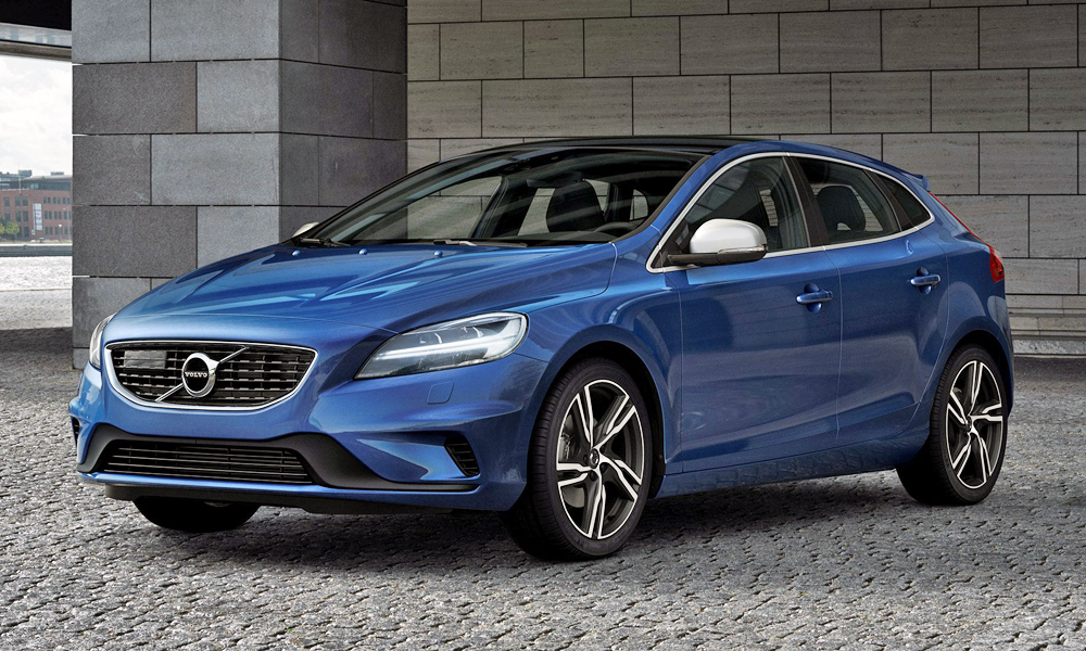 volvo sa quietly adds new entry level models to v40 range. Black Bedroom Furniture Sets. Home Design Ideas