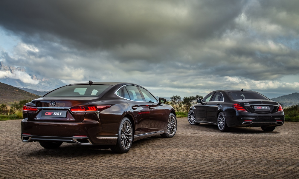 The Lexus sports chromed 20-inch alloy wheels as standard. In base spec, the S560L has 18-inch items, with these 20-inch units forming part of the Exclusive Package.