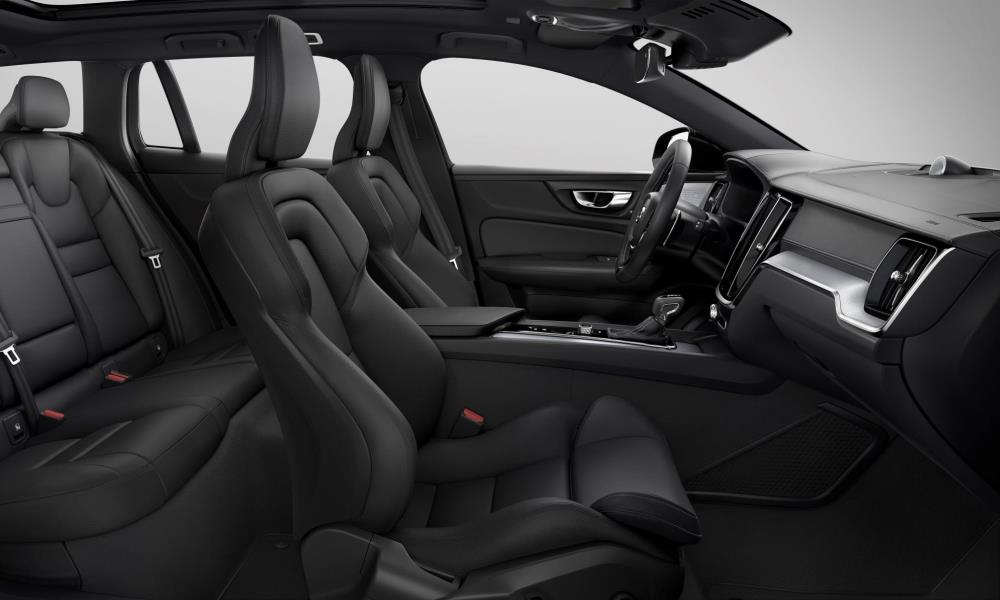 Comfort sport seats and black headlining are among some of the finishes.