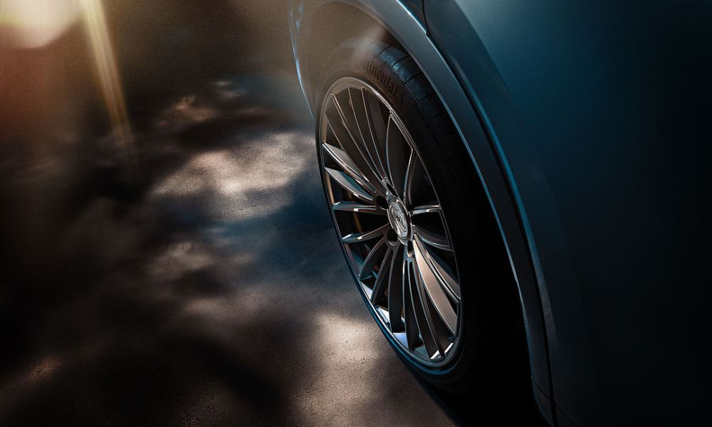 This 22-inch Formula V-design wheels by TechArt make its debut on the Cayenne