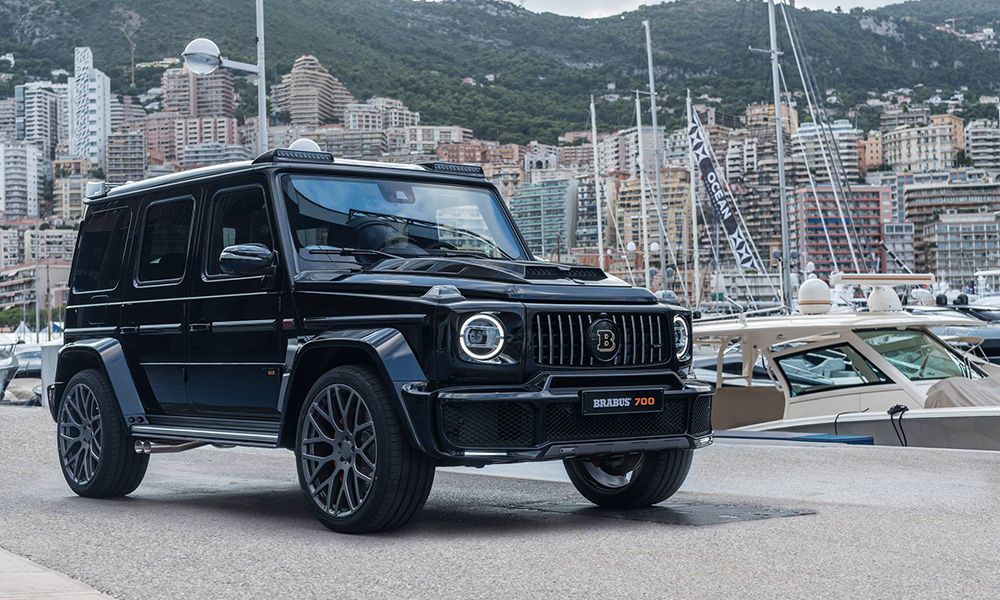 This is Brabus' latest Mercedes-AMG G63-based 4x4, the monsterous 700 Widestar.