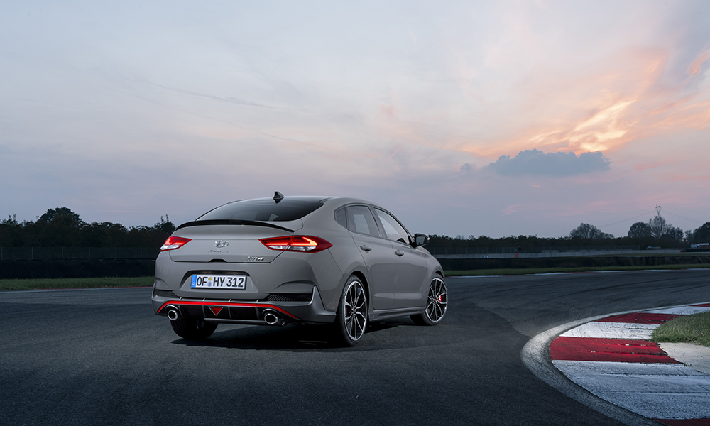 The Hyundai i30 Fastback N shares much with its five-door sibling upfront, however, the rear design offers a unique shooting-brake-like design adding further interior practicality.