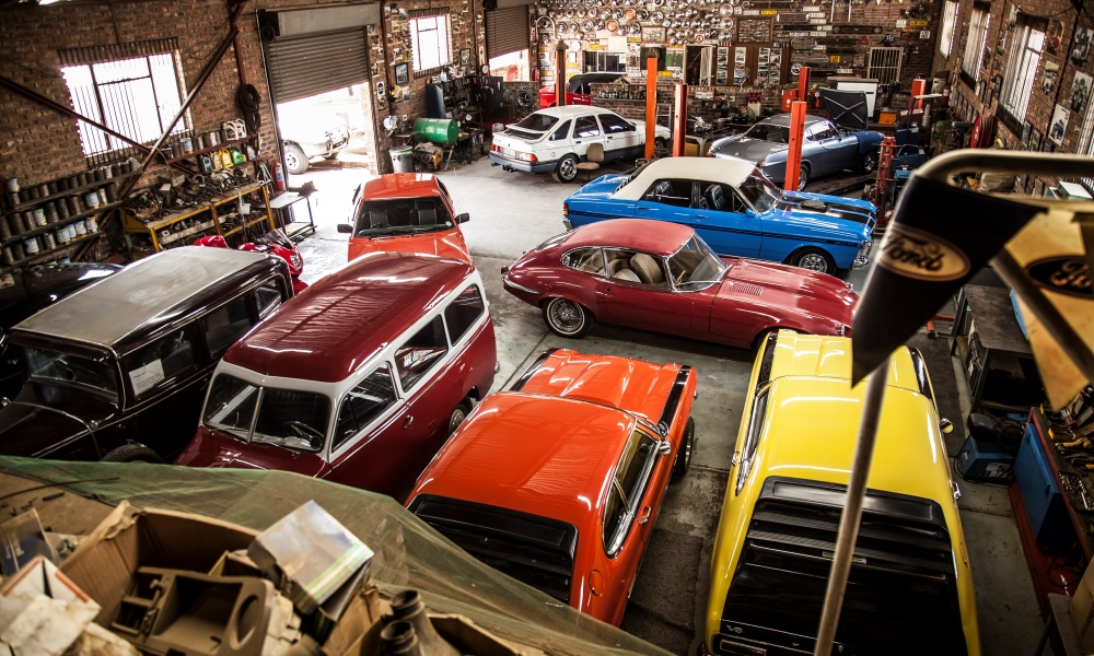 A bird's-eye view of Bertus Ferreira's workshop (check out the E-Type).