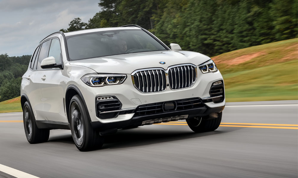 New X5's bold new grille features adjustable louvres