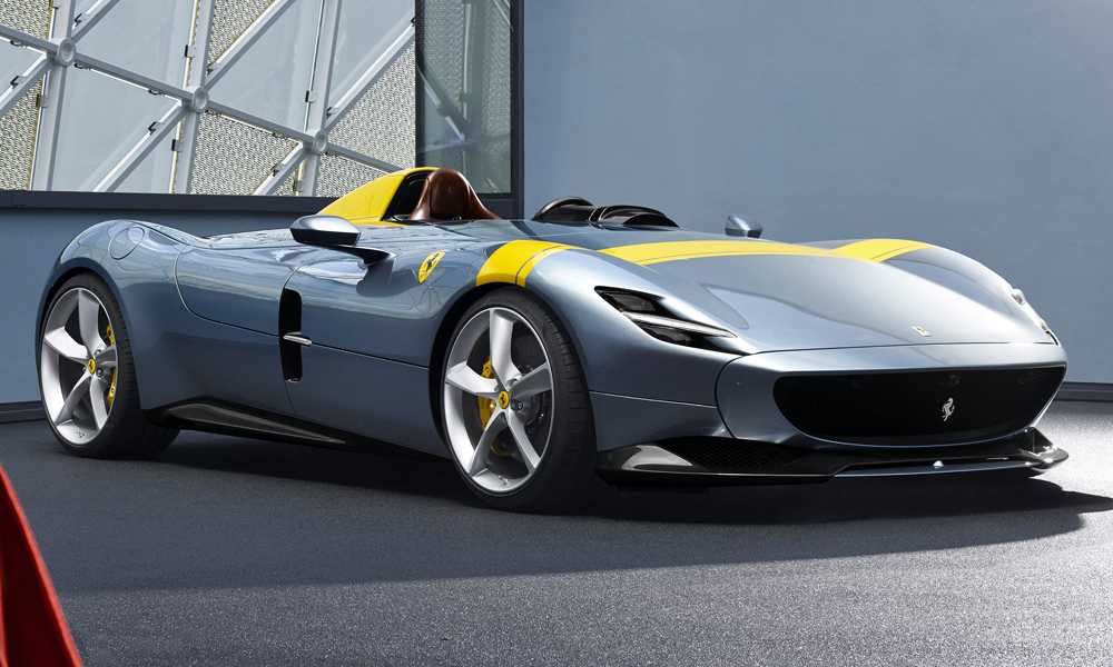The Monza SP1, meanwhile, is a strict single-seater.