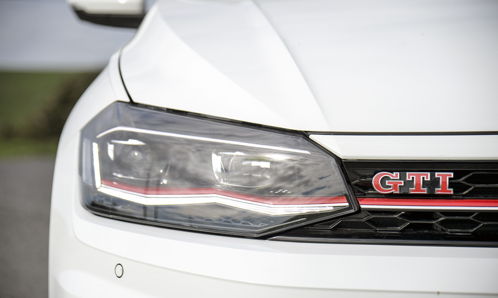 Red highlighting incorporated into headlamp design.
