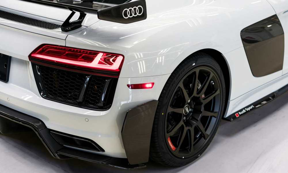 The carbon fibre aero pack adds a lot of attitude and downforce.