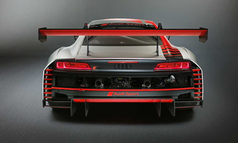 This track-ready R8 now features enhanced aerodynamics.