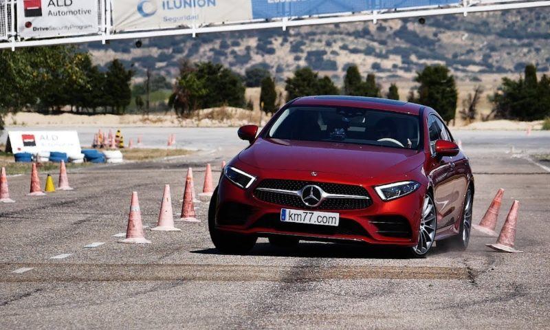 Mercedes-Benz CLS350d 4Matic Moose Test