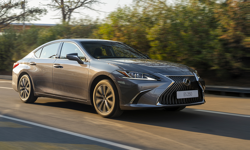 The Lexus ES is offered in two variants, this 250 petrol and a 300h hybrid.