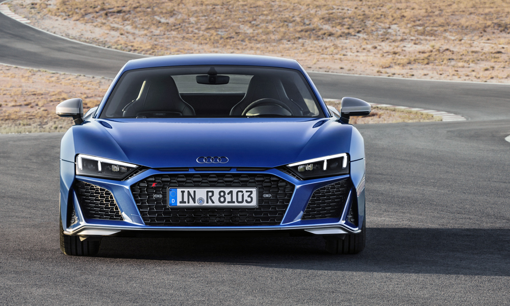 The facelifted Audi R8 has been revealed.