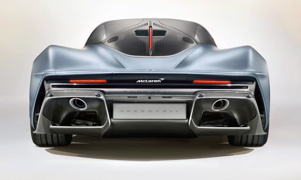 The petrol-electric hybrid powertrain delivers 772 kW.