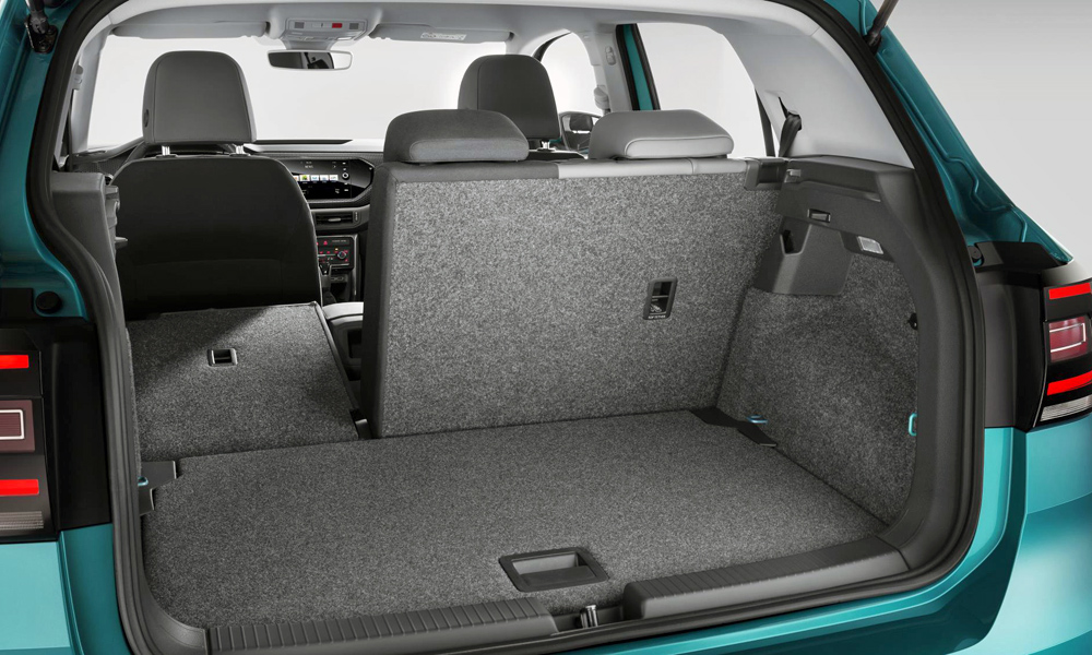 The luggage compartment can hold up to 455 litres (with all seats in place).