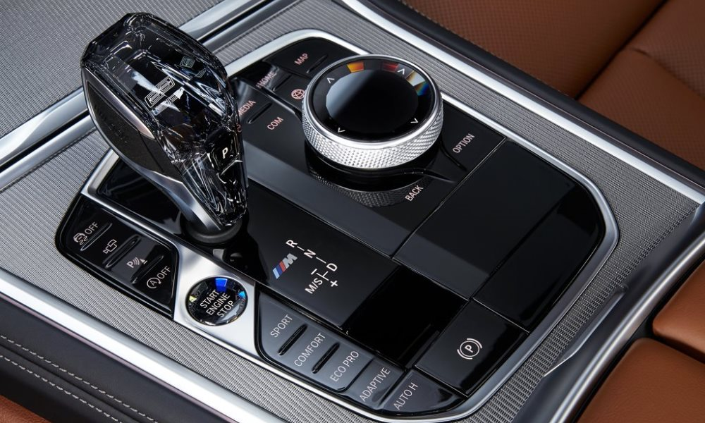 Shifts from the eight-speed Steptronic transmission are quick.