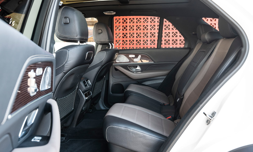 Second row can be electrically adjusted (and heated).