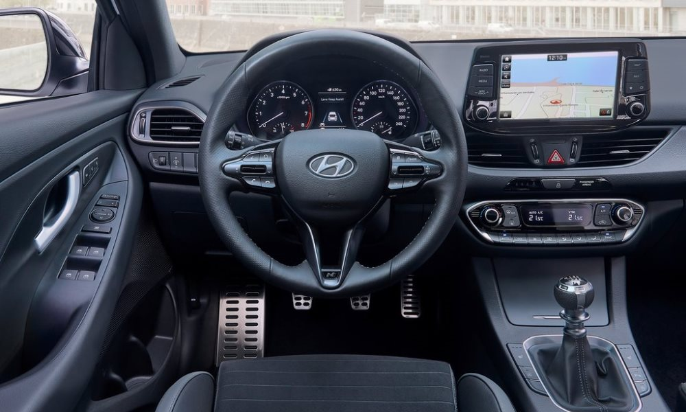 The cabin receives elements from the i30 N.