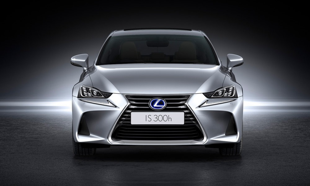 We've sampled the new Lexus IS300h in Cape Town.