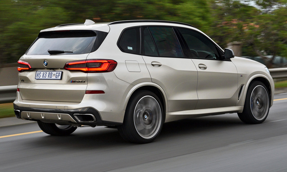The M50d now boasts 294 kW and 760 N.m thanks to four turbochargers.