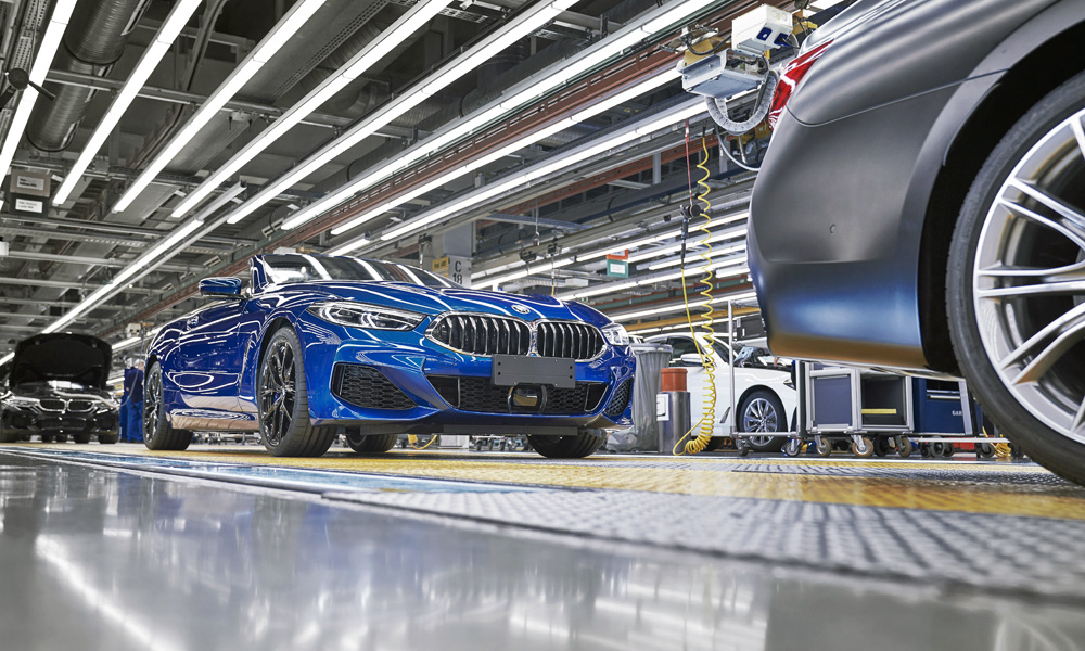 The 840d xDrive will not be offered in South Africa.