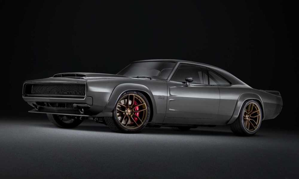 The fiberglass wide body adds some serious aggression.
