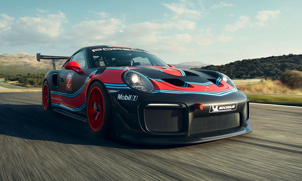 Unveiled at the LA Auto Show, this is Porsche's track-only GT2 RS Clubsport.
