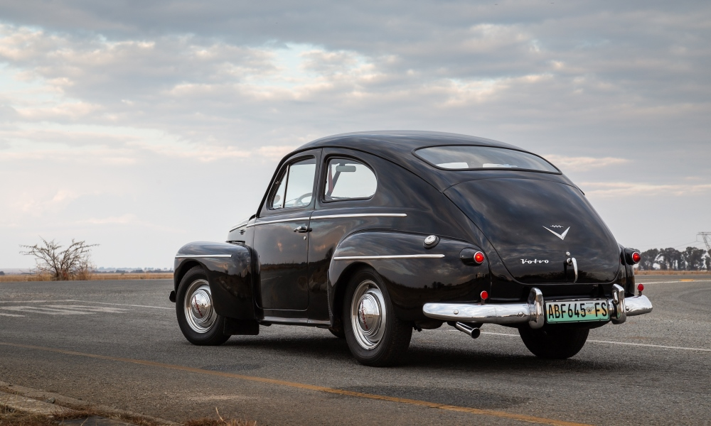Note the design of Volvo's emblem from the 1950s.