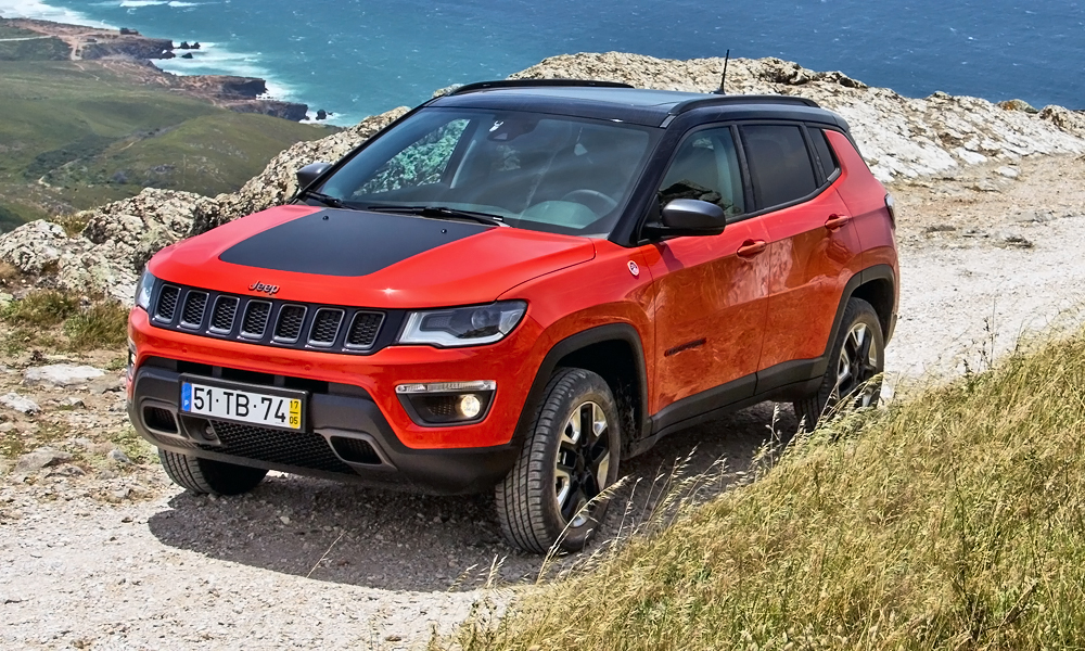 new jeep compass trailhawk how much you 39 ll pay in sa car magazine. Black Bedroom Furniture Sets. Home Design Ideas
