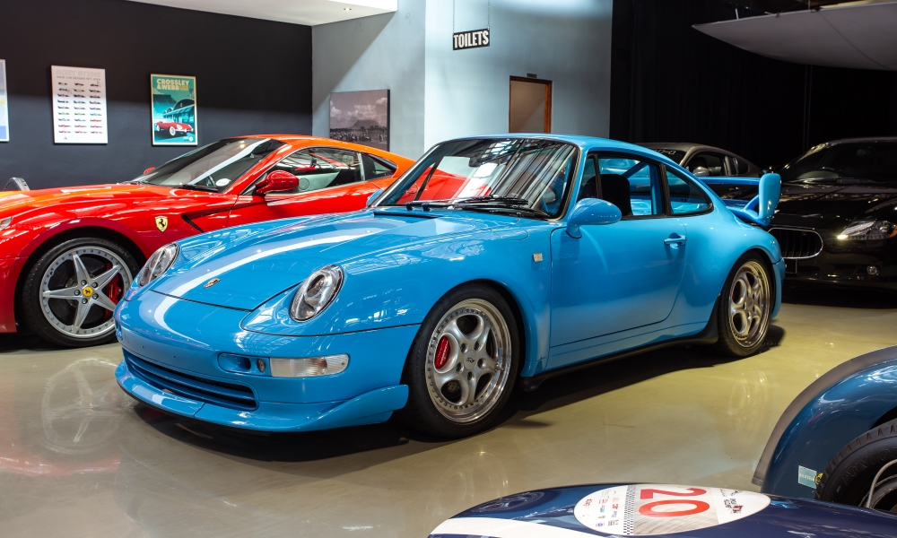 Although prices of aircooled 911s have peaked, blue-chip examples like this 1996 993 Carrera RS demand high prices.