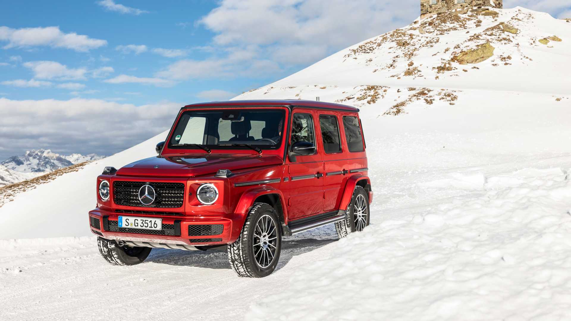 Mercedes-Benz has revealed its turbodiesel G-Class.