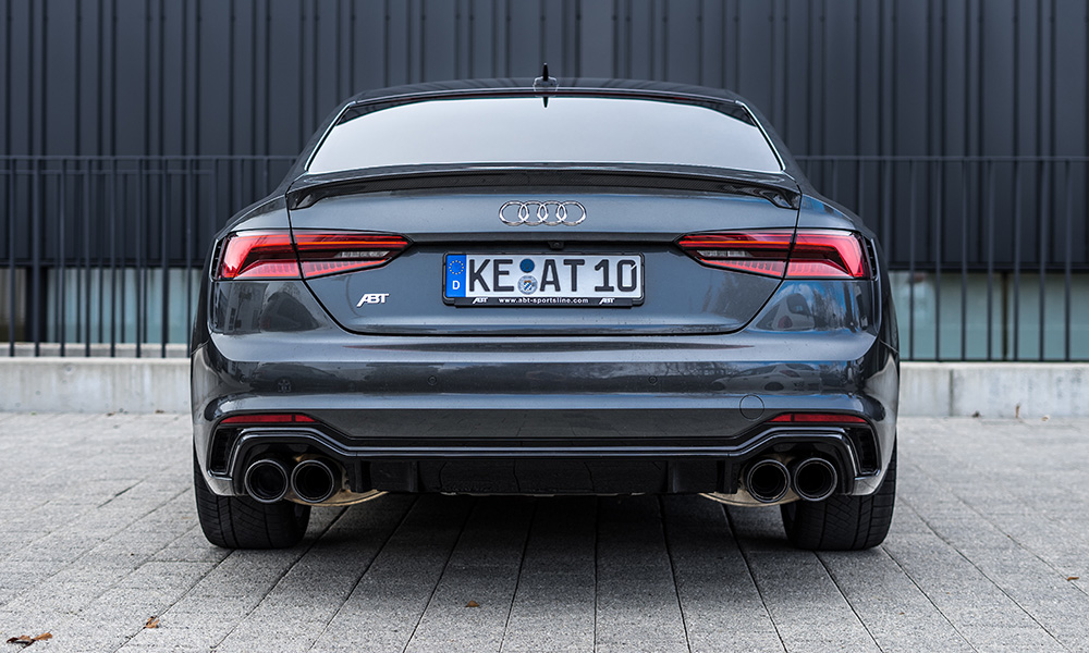 Although the exterior updates are subtle, the ABT RS5's V6 now produces 389 kW and 690 N.m.