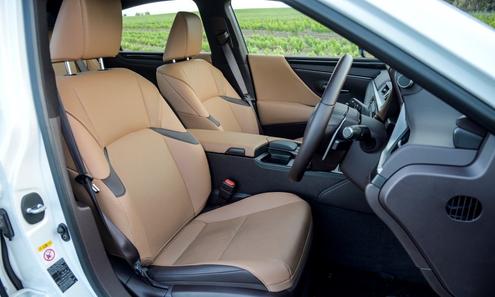 Powered front seats offer good comfort.