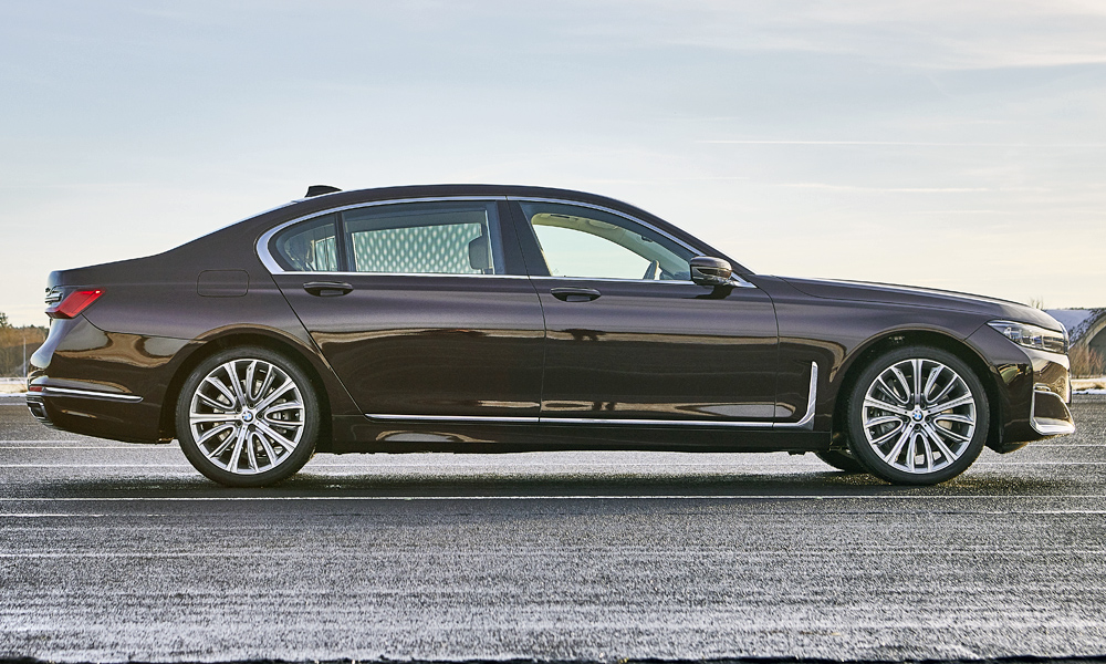 Only the long-wheelbase version is coming to SA.