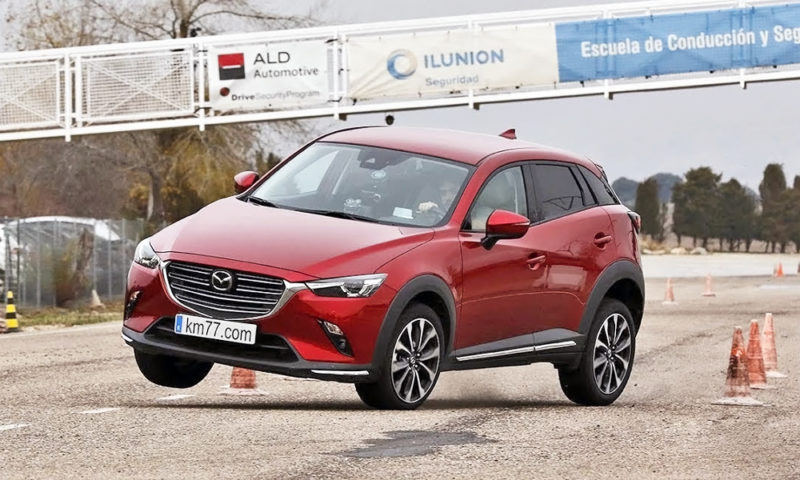 Mazda CX-3 undergoes Moose Test