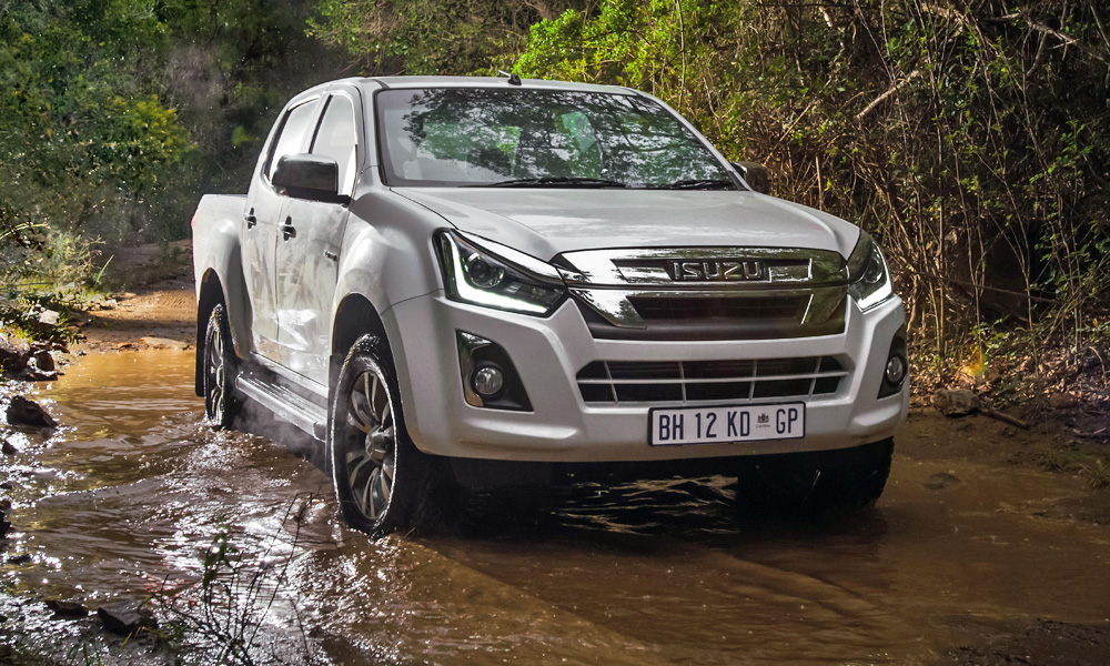 Who Buys Used Cars >> SA production of next Isuzu D-Max bakkie not yet confirmed ...