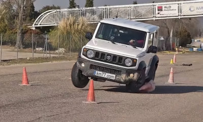 Suzuki Jimny struggles through Moose Test
