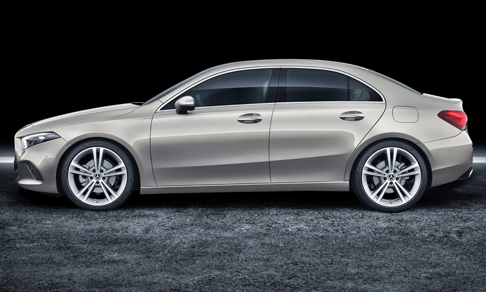 The sedan's wheelbase is the same as that of the hatchback.