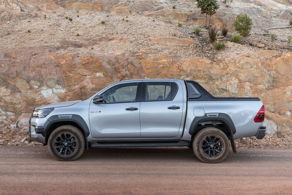 Toyota Hilux 2,8 GD-6 4x4 Legend RS 6AT