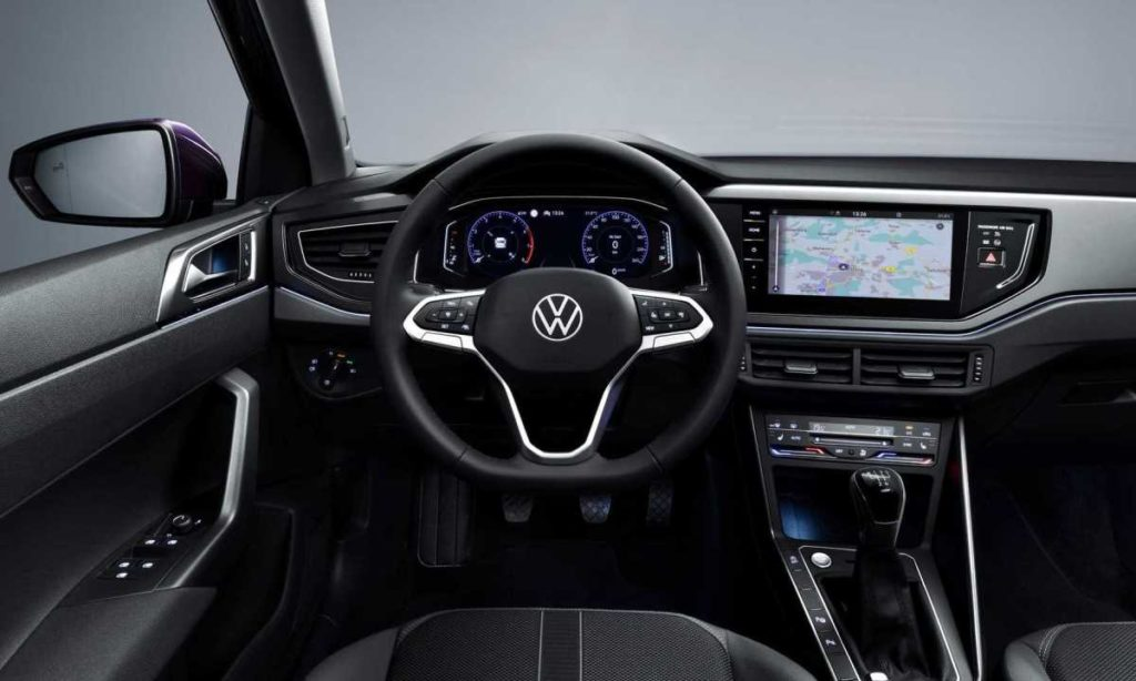Volkswagen Polo facelift r-line dashboard