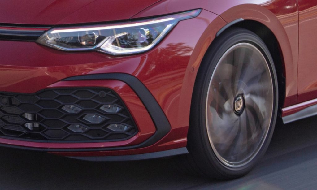 Volkswagen Golf GTI optional extra pricing south africa wheel and light