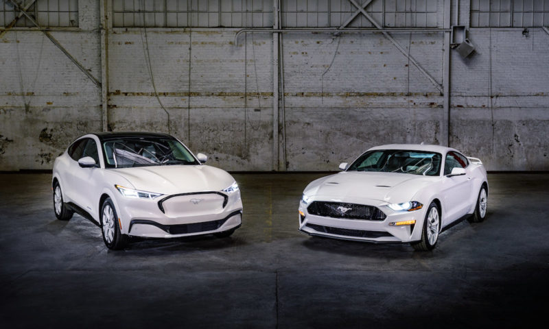 White Edition Appearance Package Pair