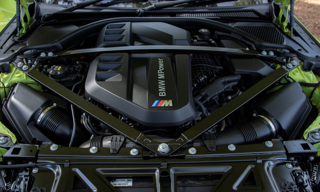 BMW M4 Competition Coupe engine