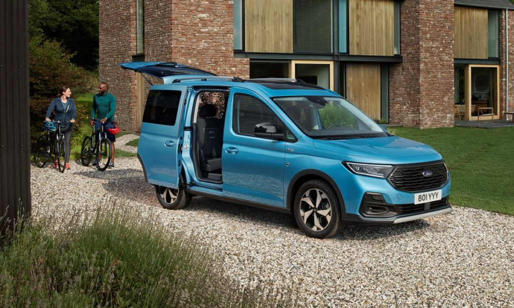 Next-generation Ford Tourneo Connect revealed as rebadged VW Caddy
