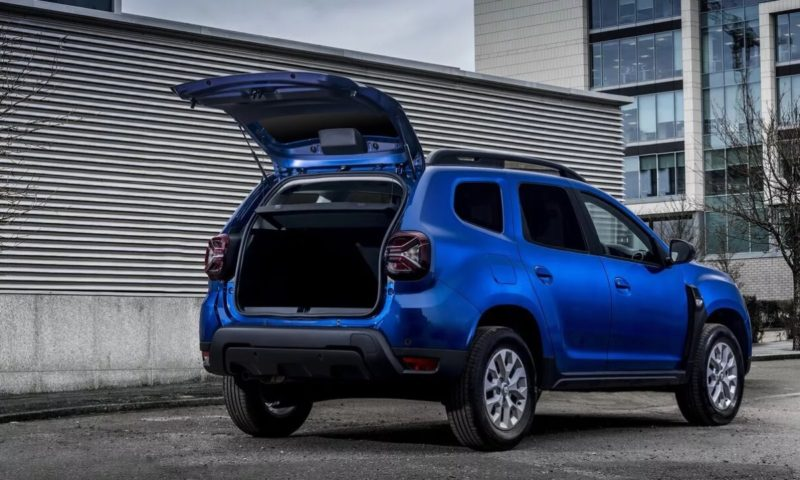 Renault Duster Commercial revealed as 4x4 LCV for small businesses